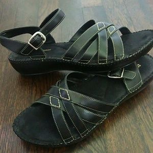 Naturalizer retta black crisscross sandals size 9